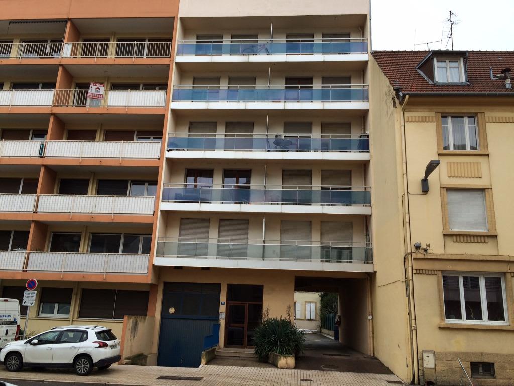 Location louer appartement de 1 pi ces metz 57000 for Studio meuble metz